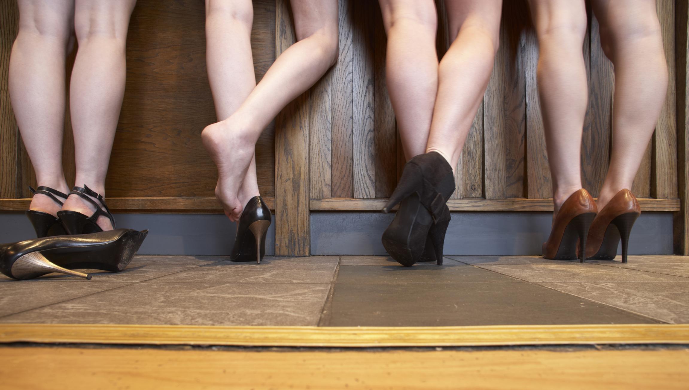 hideg zuhany a visszeres lábak számára